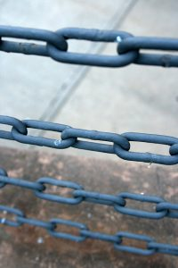 chains_quinn-dombrowski